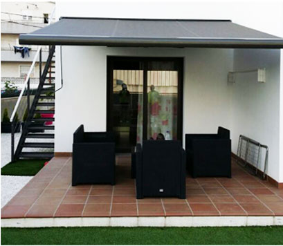 Toldos para terraza y jard n en barcelona tendals natura - Terrazas con toldos ...